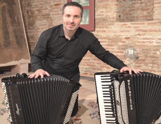 Muzica Palatelor acordeon Fernando Mihalache